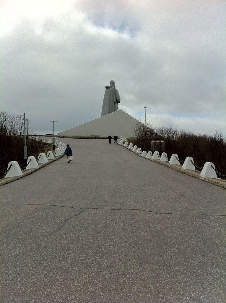murmansk monumento